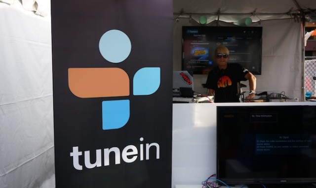 Tune-in Radio